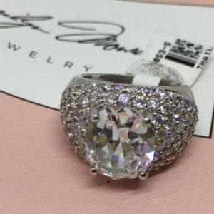 Marilyn Monroe Ring w/ Simulated Diamonds Sz 5